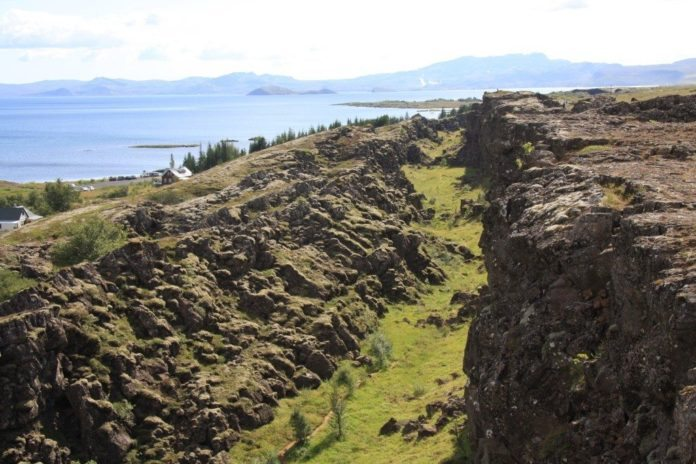 Thingvallavatn mit Thingvellir